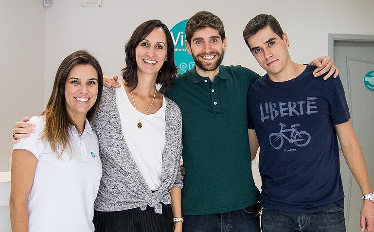 O casal Carinhas e a Mariana e o Fernando, da Vitalis - Foto da Carol Lá Lach