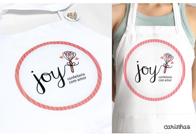 Marca da Joy aplicada ao avental